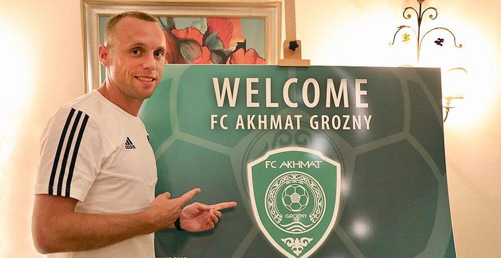 Глушаков поехал в играть в Грозный, как и обещал. Но зарплата будет не 30 тысяч