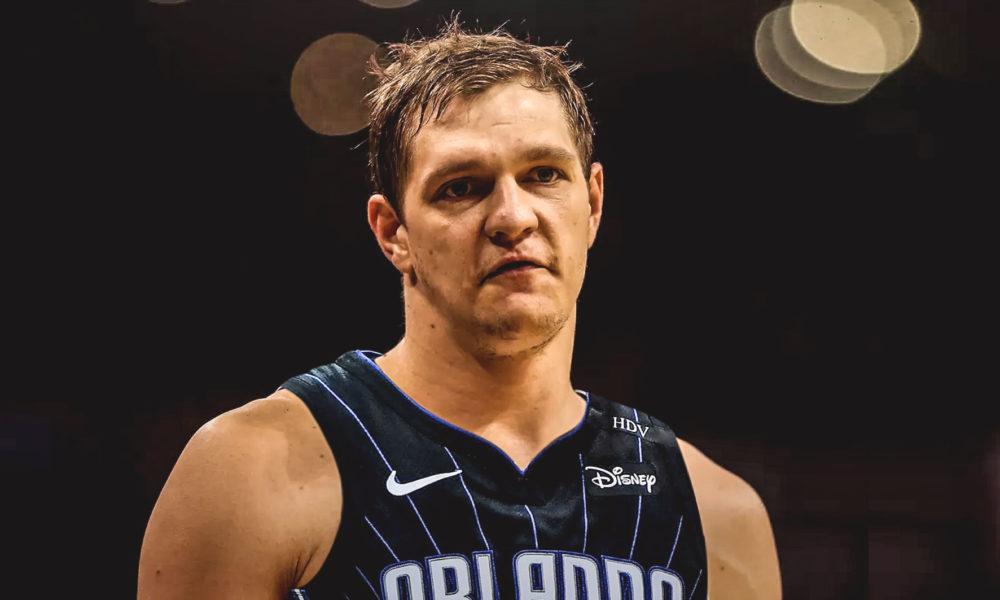 Мозгов был чемпионом НБА, а теперь ему платят, чтобы он не играл. Как же так вышло?