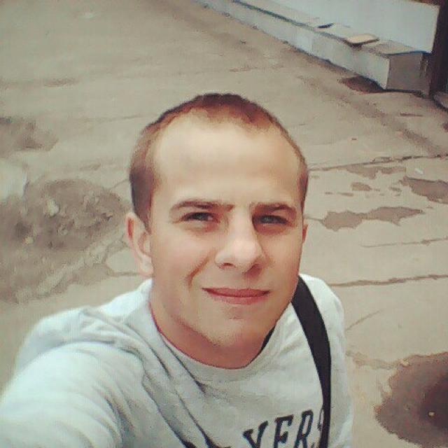 Виктор Артемьев
